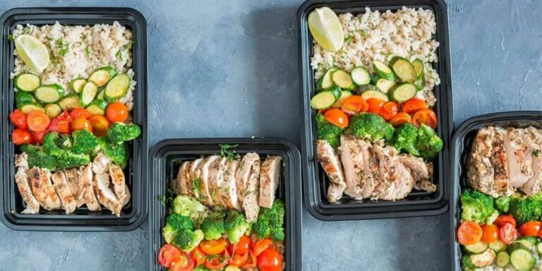 Lemon Thyme-Oregano Chicken with Brown Rice and Grilled Vegetables