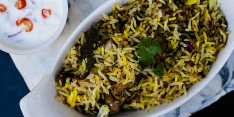 Paradise Style Hyderabadi Chicken Dum Biryani