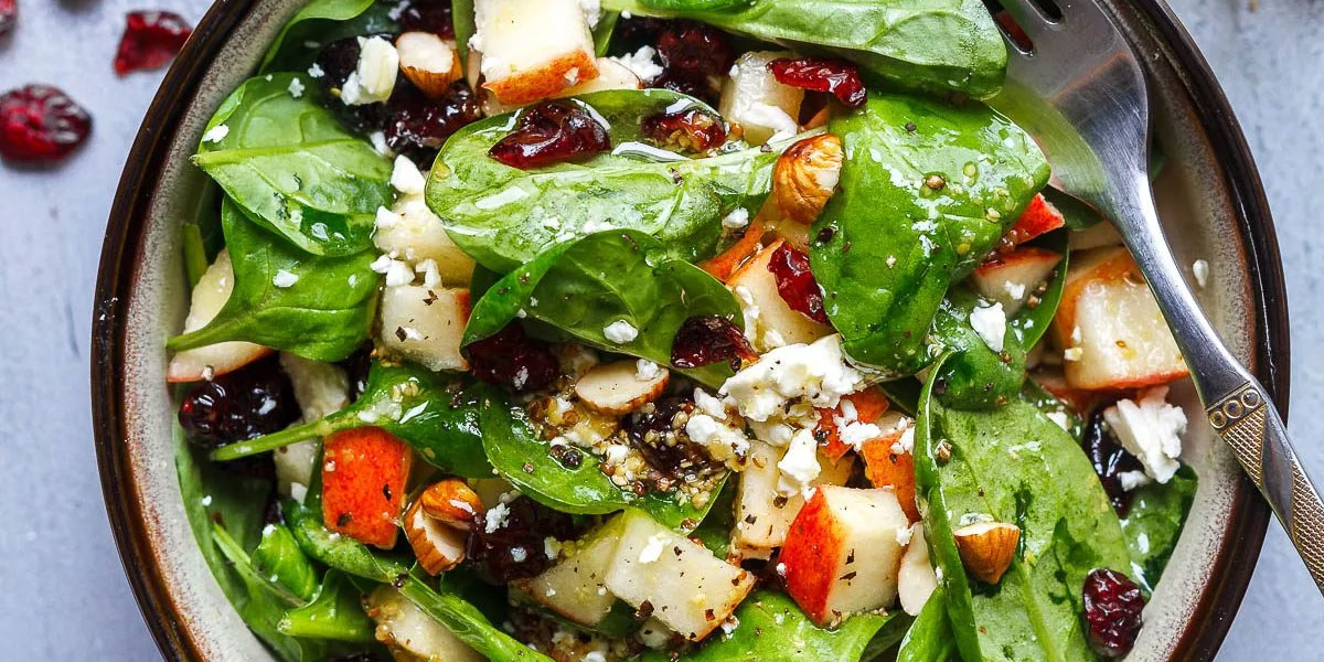 Salad with walnuts, feta cheese and lettuce